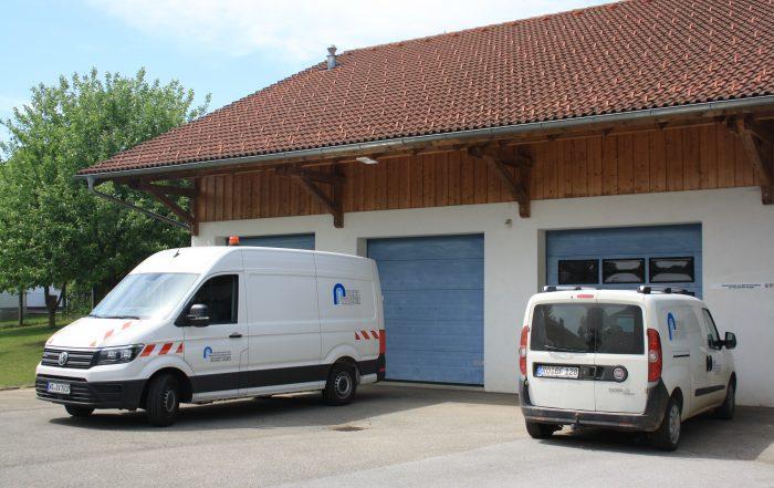 Fuhrpark und Fahrzeughalle in Schonstett